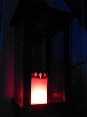 Easter 2017: Resurrection candle of hope lit in Germany